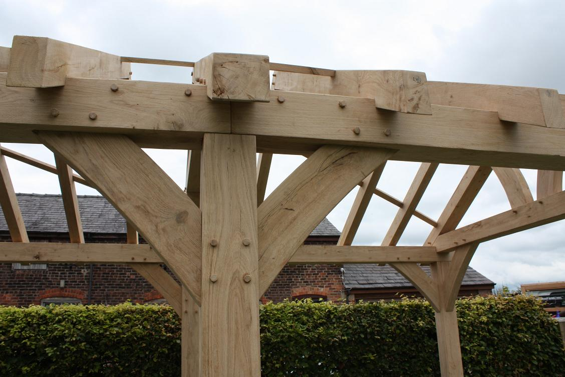 Oak framed king post truss prices uk low cost roof for Cost of roof trusses