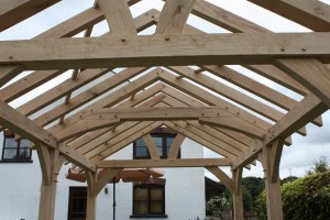 Oak Frame Roof Truss