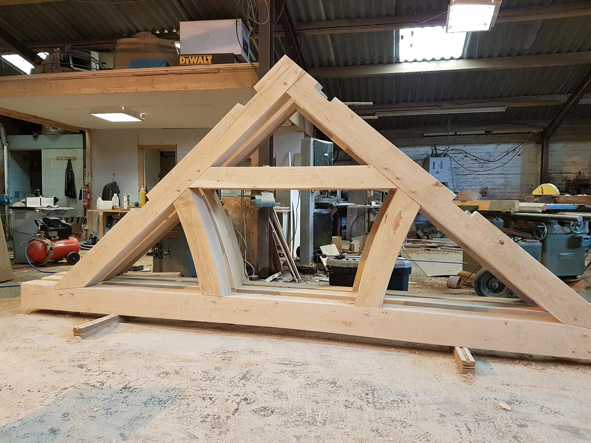 Quality Oak Queen Post Trusses UK